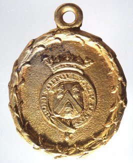 Medal: wreath and coat-of-arms