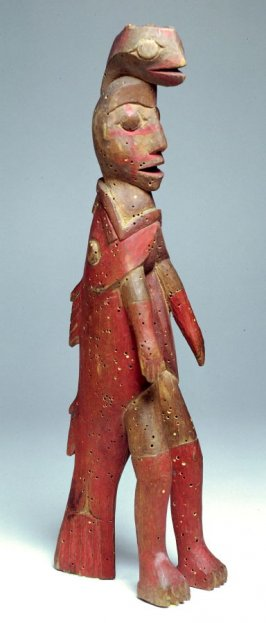 Figurine of Tlaakichinei in a red snapper coat