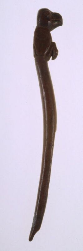 Trap stake finial in the form of a bird