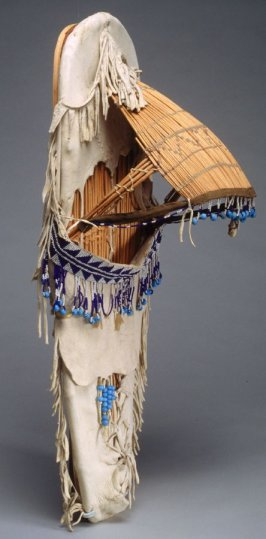 Cradle with beads