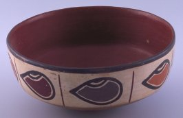 Shallow bowl with oval designs
