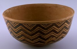 Bowl with zig-zag design