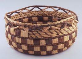 Basket with unfinished rim