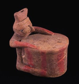 Whistle in the form of a drummer figure