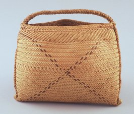 Carrying basket (isi squam)