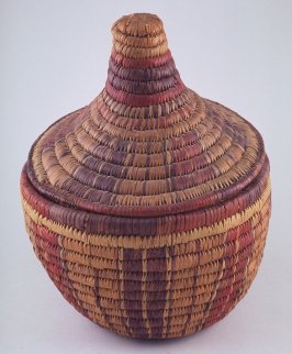 Basket with conical cover