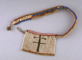 Necklace with flat pendant
