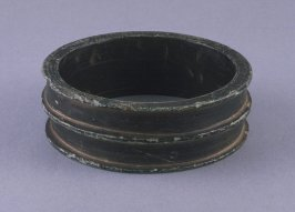 Three ribbed bracelet (Eweki)