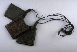 Necklace of amulets