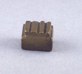 Goldweight with four raised bars