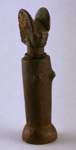 Mwana Hiti trunk figure