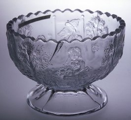 Toy punch bowl