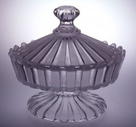 Sweetmeat dish clear and opaque glass
