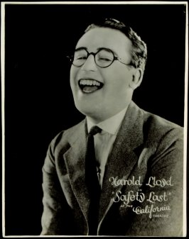 "Harold Lloyd in ""Safety Last"" (film still)"