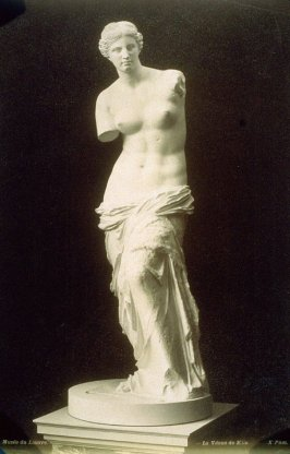 Photograph of the Venus de Milo, from the Musée du Louvre