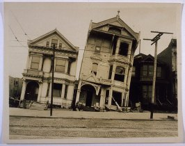 Howard Street near Seventeenth Street (San Francisco Earthquake, Leaning Victorians)
