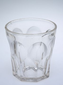 Bar glass with Gothic pattern