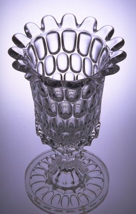Celery vase with Argus pattern