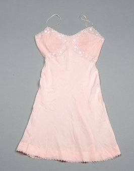Slip pink applique
