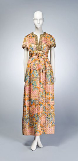 "Evening dress, ""Queen of Thailand"""