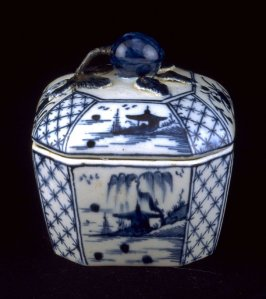 Octagonal box with lid
