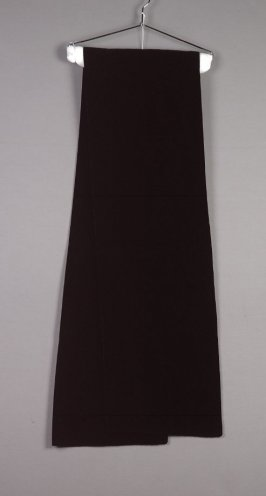 "Stole for ""Cygne Noir"" evening gown (a-b)"