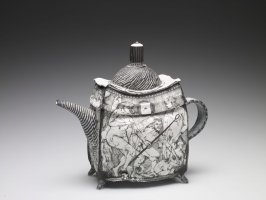 The Eye That is Found When One is Not Looking, Teapot