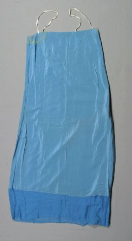 Underdress (with dress .3a)