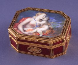 Octagonal snuffbox with Venus and Cupid