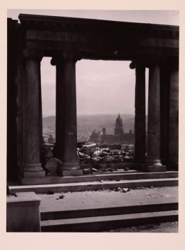 Untitled (View of devastated San Francisco, framed between remaining portals of Towne Mansion on Nob Hill)