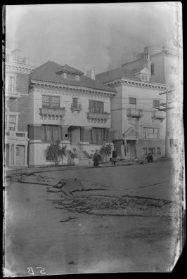Untitled (Van Ness Avenue near Vallejo Street, San Francisco)