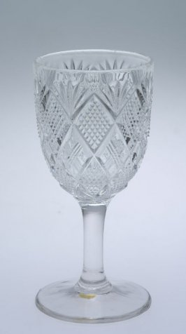 Wine glass Panelled Diamond block