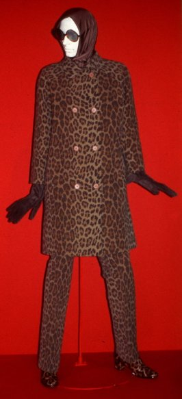 Trouser suit (coat and trousers)