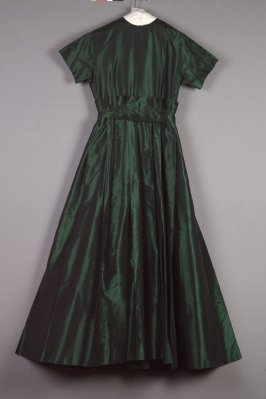 Evening dress (with matching shoes: 1992.46.12a-b)