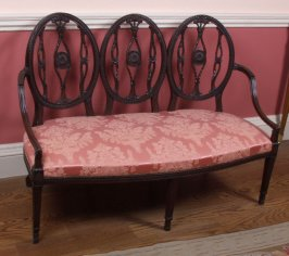 Three-backed Settee