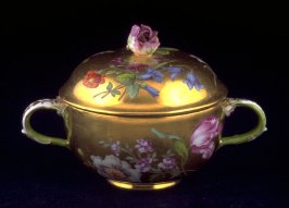 Two-handled tea bowl with lid