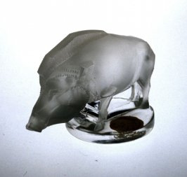 Presse-papier (paperweight) in the form of a Boar (sanglier)