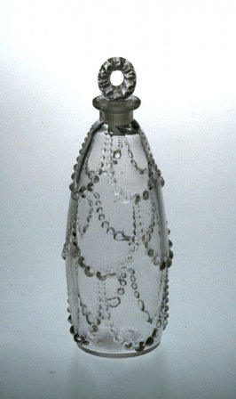 Perfume bottle with stopper