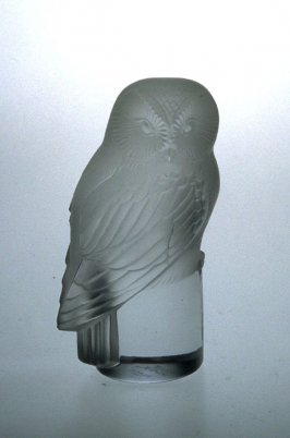Presse-papier (paperweight) in the form of an Owl (chouette)