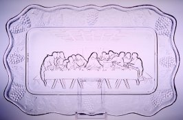 "Bread tray with ""Last Supper"" motif"