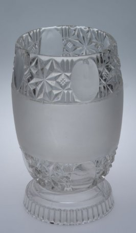Celery vase - Star and Oval pattern