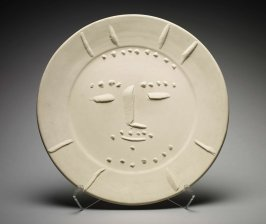Plate with image of the Sun