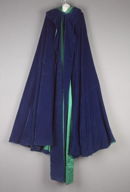 "Cape; film costume ""Deep in my Heart"""