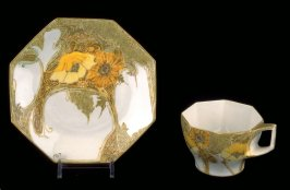 Octagonal cup and saucer