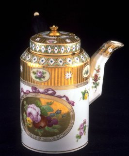 Chocolate Pot with Lid