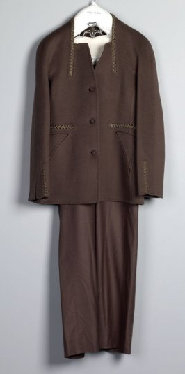 Woman's trouser ensemble (jacket, trousers)