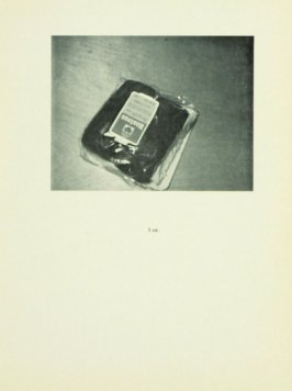Untitled, illustration 8, in the book Babycakes with Weights (New York: Multiples, Inc., 1970)