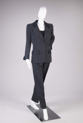 Suit (jacket, pants, pocket square and belt)