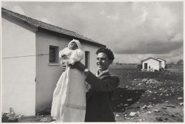 First male child born in the settlement of Alma, in northern Galilee. This town was built by Jews from Tripoli and one-time italian Christians who converted to Judaism. Israel, 1951