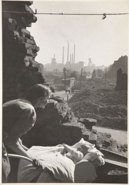 Baby among the Ruins, Essen, Germany
